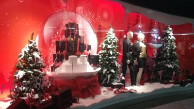 Boyner / Mağaza Yılbaşı Vitrin Kar Küreler